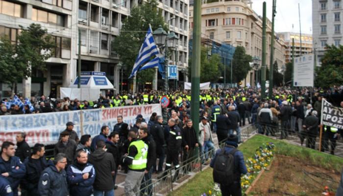 http://flashnews.gr/storage/photos/w_800px/201602/5-2-16-poreia-athens4.JPG