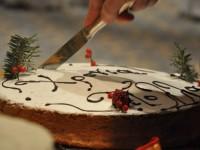 Η Ομάδα Γυναικών Δήμου Σφακίων κόβει την πίτα της ενισχύοντας θύμα πυρκαγιάς