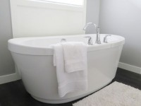 Κάθε πότε πρέπει να αλλάζουμε την πετσέτα του μπάνιου μας και γιατί