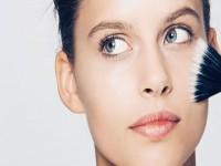 Τα 4 πιο συχνά λάθη που κάνουμε με το μακιγιάζ μας!