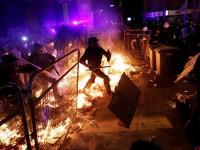 Σε 51 συλλήψεις προχώρησε η αστυνομία μετά τα βίαια επεισόδια στην Καταλονία