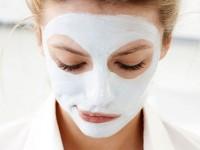 Πρέπει να πλένουμε το πρόσωπό μας μετά τη μάσκα;