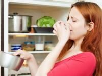 Μουχλιασμένο φαγητό: Ποιες τροφές πετάμε αμέσως και ποιες τρώγονται ακόμα