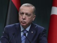 Κορωνοϊός: «Ζορίζεται» ο Ερντογάν -Πήρε πίσω την απόφαση για lockdown