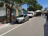 Ακτή Κανάρη - Χανιά: Χτες ποδηλατόδρομος, σήμερα λαϊκή αγορά... (φωτο)