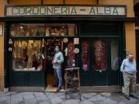 Υποχρεωτική παντού η μάσκα στην Καταλονία