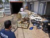 Φρίκη: Εντοπίστηκαν πτώματα σε αποσύνθεση μέσα σε φορτίο από τη Σερβία (φωτο+βιντεο)