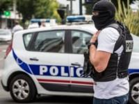 Ο δολοφόνος του Γάλλου εκπαιδευτικού είχε στείλει sms σε εξοργισμένο γονέα