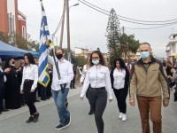 Στο σεισμόπληκτο Αρκαλοχώρι τίμησαν την εθνική επέτειο (φωτο)