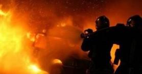 Φωτιά σε γκαράζ τα ξημερώματα στα Χανιά προκάλεσε ζημιές σε 3 οχήματα