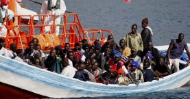 Περισσότεροι από 700 πρόσφυγες διασώθηκαν χθες στην Μεσόγειο