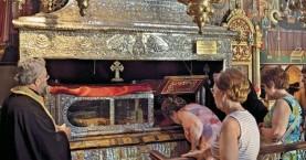 Στην Αθήνα το ιερό σκήνωμα της Αγίας Βαρβάρας έπειτα από 1000 χρόνια