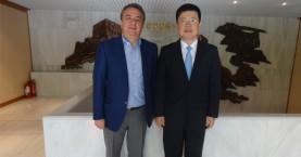 Στην Κινεζική πρεσβεία ο Σταύρος Αρναουτάκης