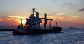 Τουρκικό πλοίο δέχθηκε πυρά στη Λιβύη, νεκρός ναυτικός