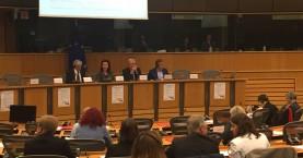 Αρναουτάκης στις Βρυξέλλες-Κάλεσε την Ε.Ε. να βοηθήσει τις Περιφέρερειες