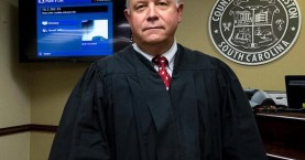 Ο δικαστής  για το μακελειό στο Τσάρλεστον έχει κατηγορηθεί για ρατσισμό