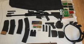 Όπλα, σφαίρες και χιλιάδες ευρώ στα σπίτια δύο αντρών στο Ρέθυμνο
