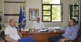 Περιφερειακοί σύμβουλοι στον δήμαρχο Αποκορώνου για μεγάλα έργα του δήμου