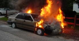 Αυτοκίνητο έγινε στάχτη στο Ρέθυμνο