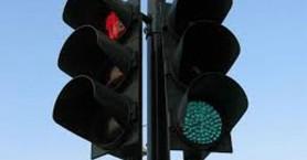 Σε λειτουργία οι φωτεινοί σηματοδότες στην οδό Βενιζέλου, στα Κουνουπιδιανά