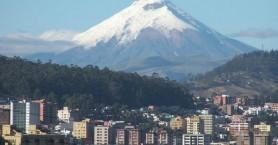 Σε κατάσταση έκτακτης ανάγκης ο Ισημερινός- Ξύπνησε το ηφαίστειο Κοτοπάξι