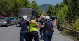 Συλλήψεις μεταλλωρύχων στα μπλόκα Στρατωνίου (βίντεο)