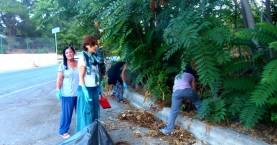 Οι ξεναγοί καθάρισαν τον χώρο στάθμευσης στην Κνωσό