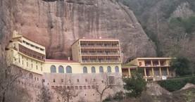 Έκλεψαν το χέρι του Αγίου Χαραλάμπους από το Μέγα Σπήλαιο στα Καλάβρυτα