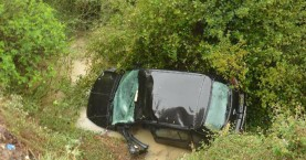 Αυτοκίνητο έπεσε σε χαντάκι στον Αποκόρωνα - Στο Νοσοκομείο η οδηγός (φωτο)
