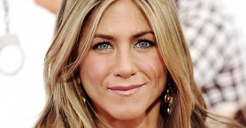 H Jennifer Aniston είχε δανειστεί 100 δολάρια για να βγάλει 190 εκατομμύρια