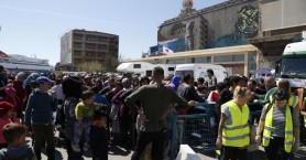 Μέσα στην εβδομάδα η μετακίνηση των προσφύγων από το λιμάνι του Πειραιά