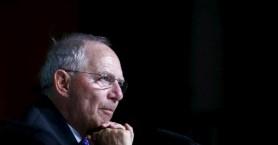 Σόιμπλε: «Οικονομική ανοησία» η αύξηση του ΦΠΑ