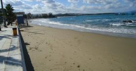 Αιχμηρή απάντηση δημάρχου Χανίων για την παραλία της Ν.Χώρας