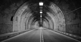 Τροχαίο ατύχημα με τρεις τραυματίες στο τούνελ του Βραχασίου