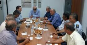 Σύσκεψη παρουσία Κουρουμπλή στη Χερσόνησο