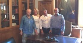 Επίσκεψη του Προέδρου της ΚΕΔΕ στο σπίτι του Ελ. Βενιζέλου στα Χανιά