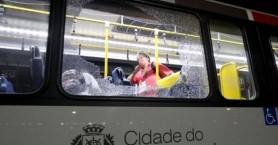 Ρio:Πυροβολισμοί σε λεωφορείο που μετέφερε δημοσιογράφους