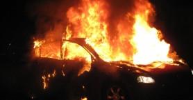 Καταστράφηκε ολοσχερώς αυτοκίνητο από φωτιά στο Ηράκλειο