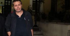 Ελεύθερος ο Στέφανος Χίος, δικάζεται την Τετάρτη