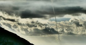 Εντυπωσιακός υδροστρόβιλος απαθανατίστηκε νότια των Σφακίων (φωτο)