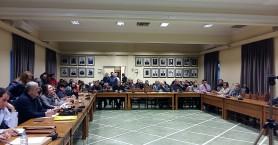 Ζητούν τροποποιήσεις στο νέο κανονισμό για τους κοινόχρηστους χώρους Χανίων