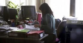 Προκηρύξεις θέσεων εργασίας με μικρές προθεσμίες στη καρδιά του καλοκαιριού