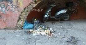 Εικόνα ντροπής στην παλιά πόλη στα Χανιά