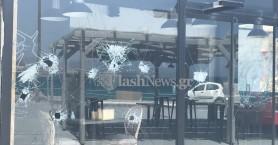 Διέλυσαν τζαμαρία σε καφετέρια του Κουμ Καπί στα Χανιά (φωτο)