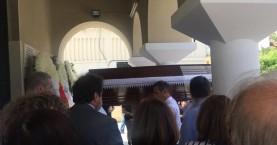 Το τελευταίο «αντίο» στην 62χρονη Ντανιέλα που πέθανε μαζεύοντας σκουπίδια