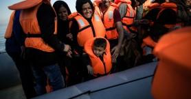 Συναγερμός στη Μεσόγειο: Ακροδεξιοί στήνουν καραούλι στους πρόσφυγες