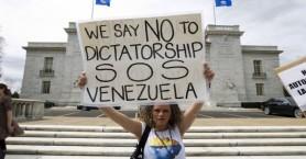 Καζάνι που βράζει η Βενεζουέλα, απαγορεύτηκαν οι διαδηλώσεις