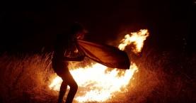 Κόλαση φωτιάς στον Κάλαμο -Δραματική εκκένωση περιοχών, τεράστια καταστροφή