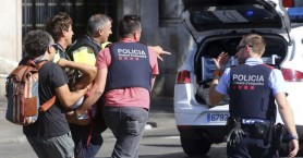 Ασύληπτος ο δράστης του τρομοκρατικού χτυπήματος στη Βαρκελώνη