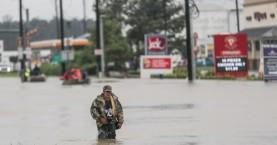 Με χολέρα και τύφο απειλούνται τώρα οι πλημμυροπαθείς στο Τέξας